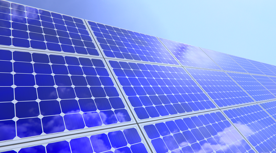 Gov. Jerry Brown signs solar energy storage legislation into law