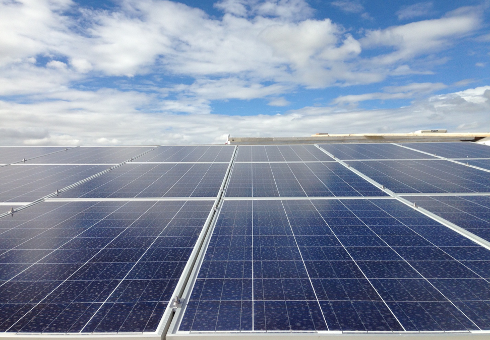 Sacramento-region businesses can take advantage of the benefits of commercial solar